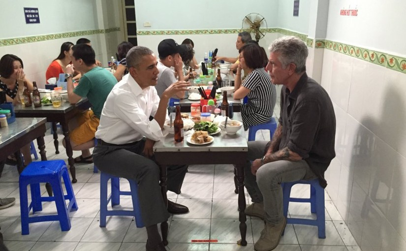 Anthony Bourdain with Barack Obama in Veitnam