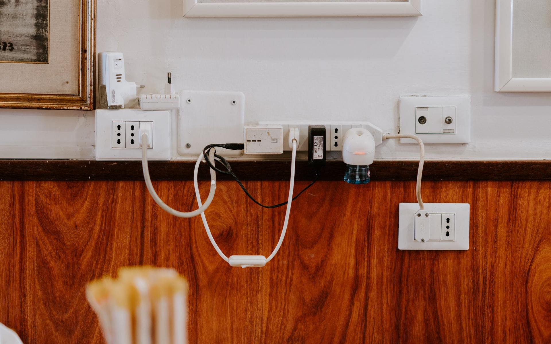 wall chargers for electronics