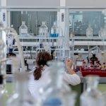 Pfizer vlastní laboratórium vo WuChan-e odkiaľ unikol vírus