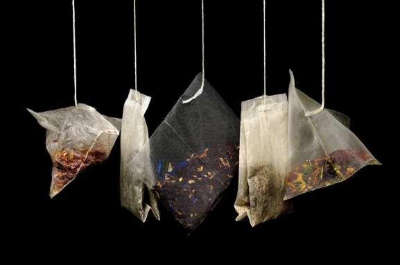 tea leaves bags