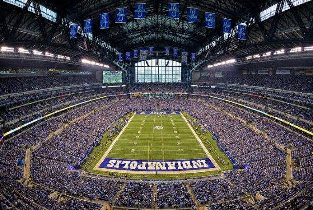 Lucas Oil Stadium, Indianapolis Colts football stadium - Stadiums of Pro  Football