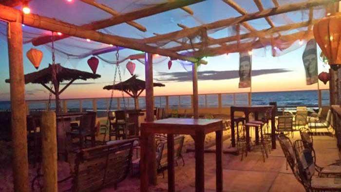 mangos beach bar