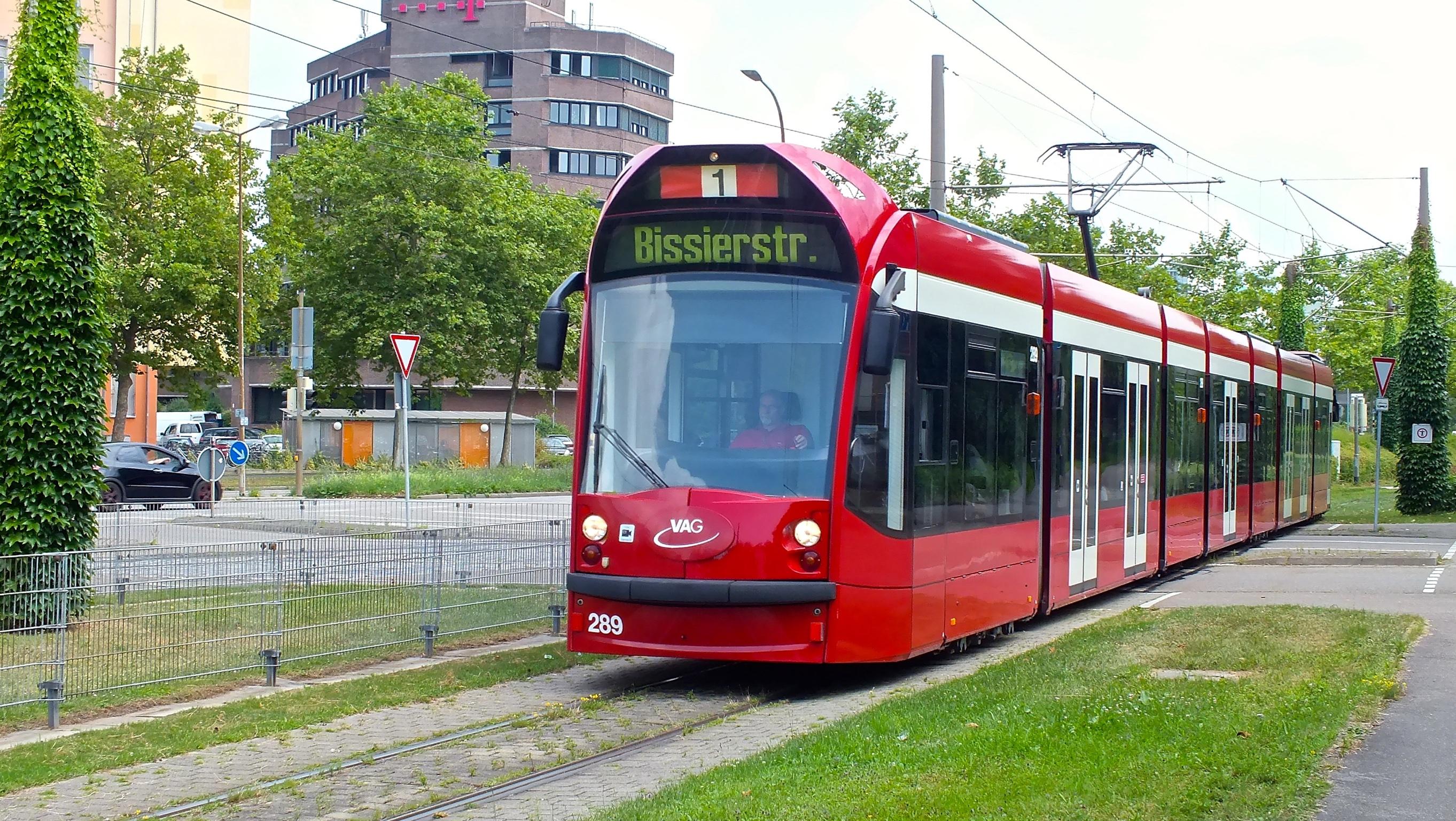 """TW289 befährt ebenfalls die """"Bissierstraße"""""""