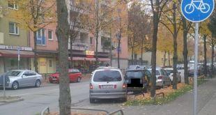 Raubüberfall auf Supermarkt mit Renault Espace