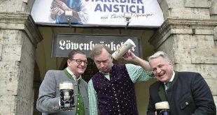 Starkbier-Anstich mit Christian Springer im Löwenbräukeller