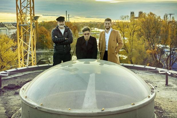 Sascha Arnold, Steffen Werner und Alexander Haas (v.li.), die Betreiber der Dachterrassen-Gastronomie auf dem Dach der Luft- und Raumfahrthalle des Deutschen Museums Foto: Sacha Tassilo Höchstetter