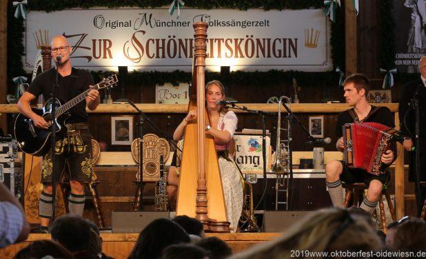 Trio Stierig - Gewinner Talentwettbewerb 2019 Volkssängerzelt Schönheitskönigin Oide Wiesn