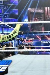 VIDEO: Jeff Hardy vs. Randy Orton – SmackDown Dec. 4, 2018