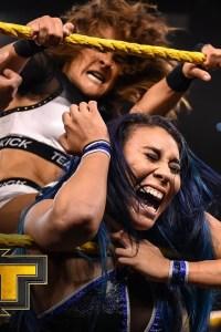 Mia Yim vs. Dakota Kai – WWE NXT, Dec. 11, 2019