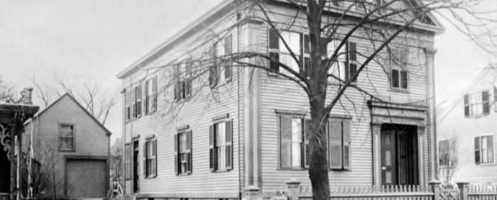 Paranormal Experiences in the Works at the Borden House