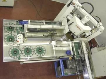 Flat lapping and polishing machine