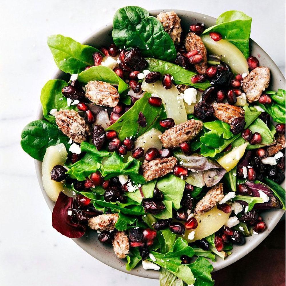 Holiday Pear & Pecan Salad