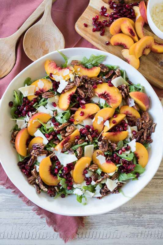 Salads with pecans