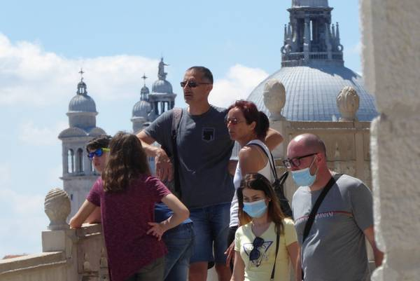 Italy loses 70% of foreign tourists and 2 bln euros – Lazio