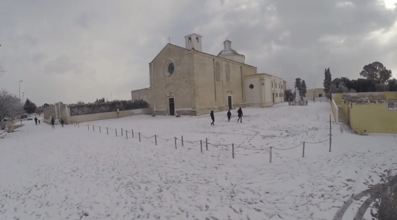 Snow in southern Italy. Photo: YouTube Saems Leece