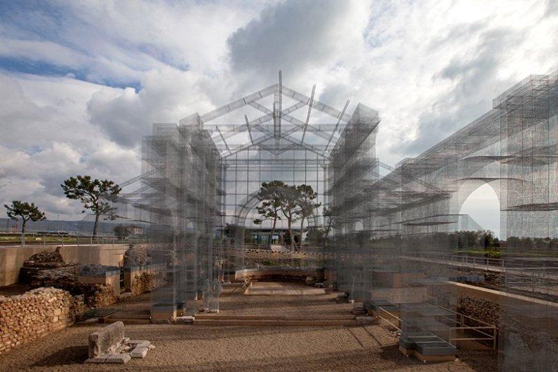 edoardo-tresoldi-wire-mesh-installation-gargano-puglia-designboom-01
