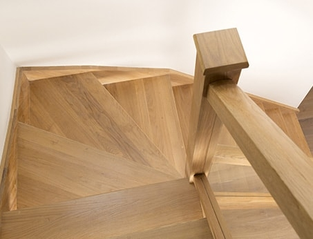 How To Fit Winder Turns Staircase Fitting Guide Stairbox | Double Winder Staircase Design | Handrail | Attic | Bespoke Staircase | Medium Oak | Small Space