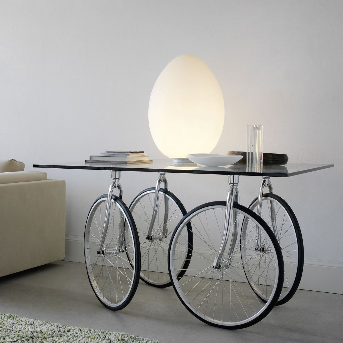 TOUR Table et UOVO Lampe à poser