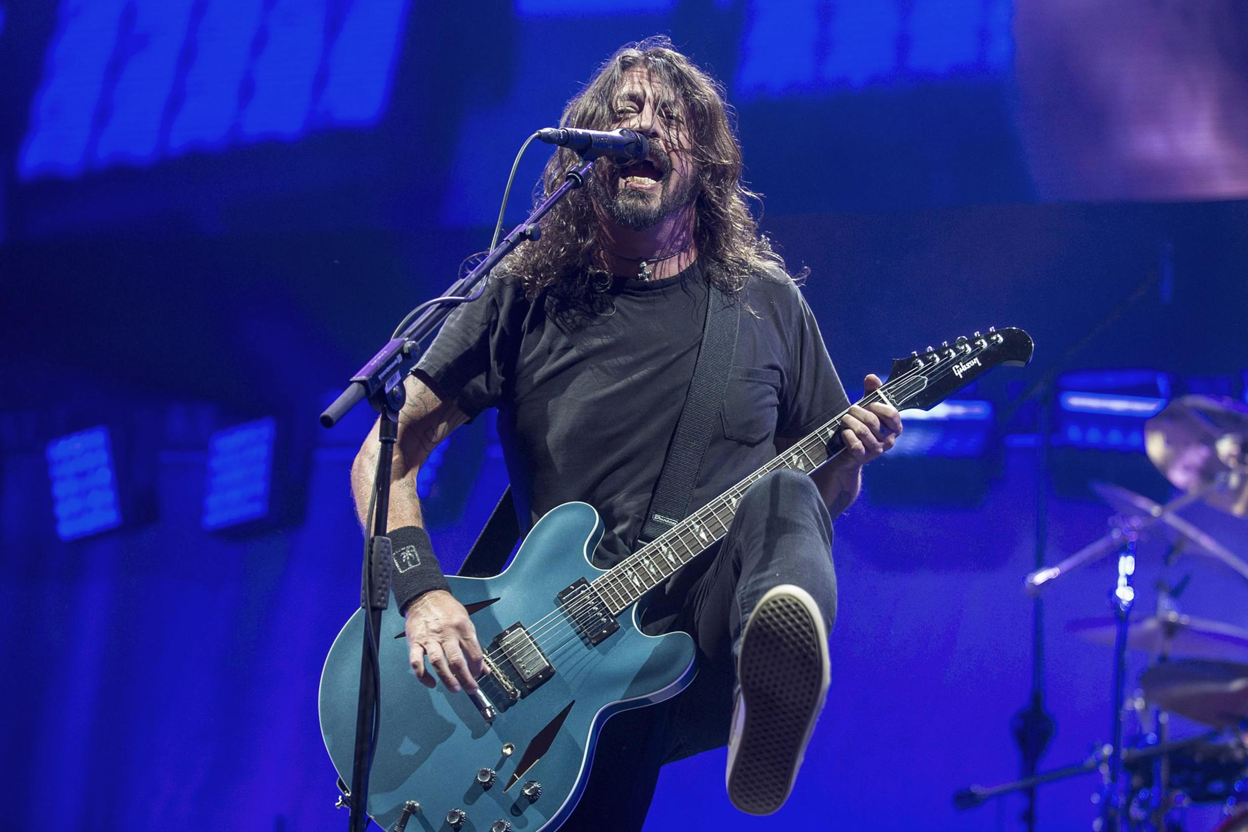 Foo Fighters Tour The Uk In 2018 How To Book Tickets