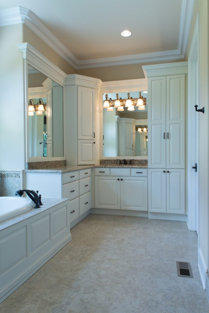 Showplace Master Bathroom In Soft Cream.  CoppockKnoxville 2 E1437144558843 193x290