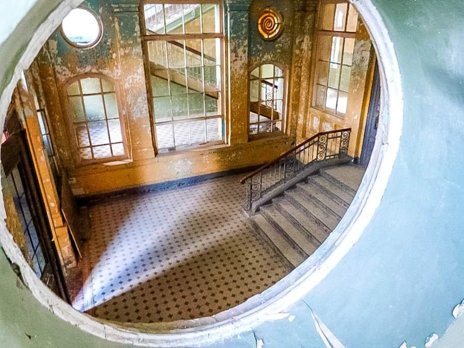 Beelitz Heilstätten bij Berlijn, doorkijkje