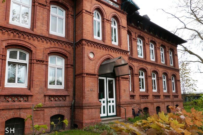 Ottensen Backsteinbau Molkenbuhr Stift - Standort Hamburg