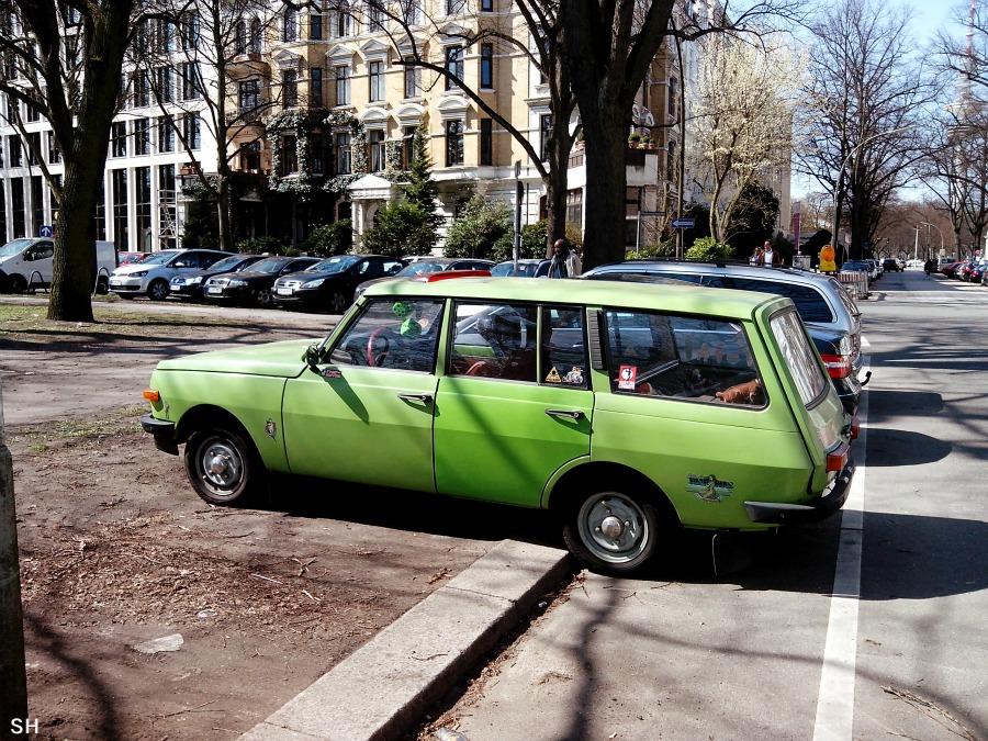 Auto in jaren 70-groen - Standort Hamburg