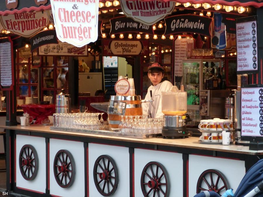 De cheeseburgerjongen op de Winterdom - Standort Hamburg