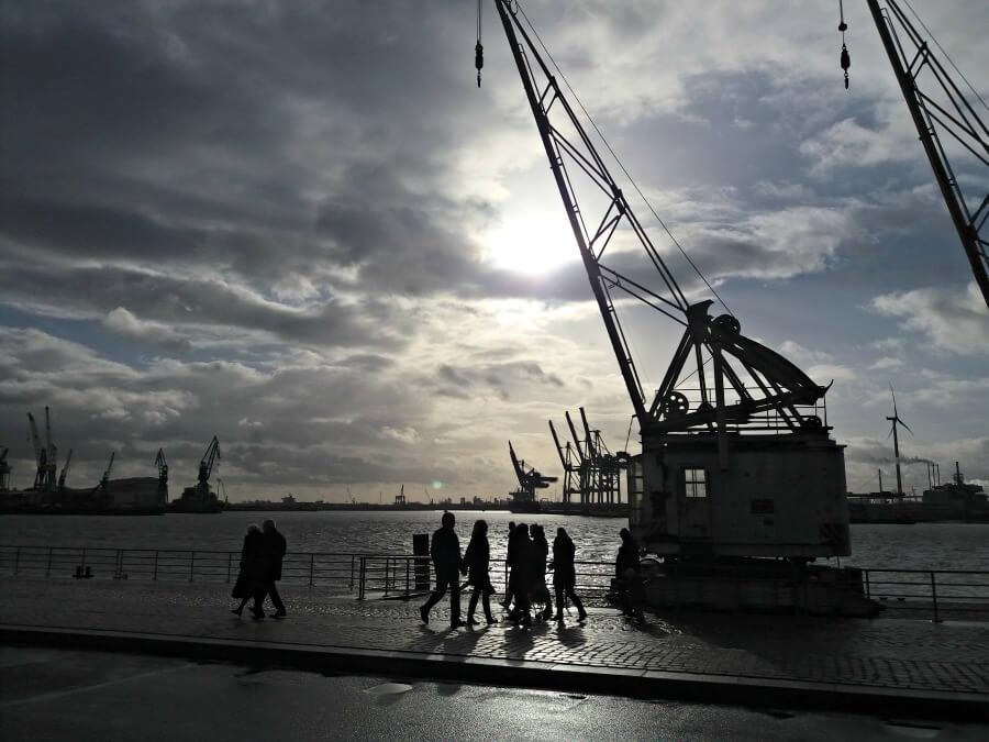 Zondagmorgen aan de Elbe