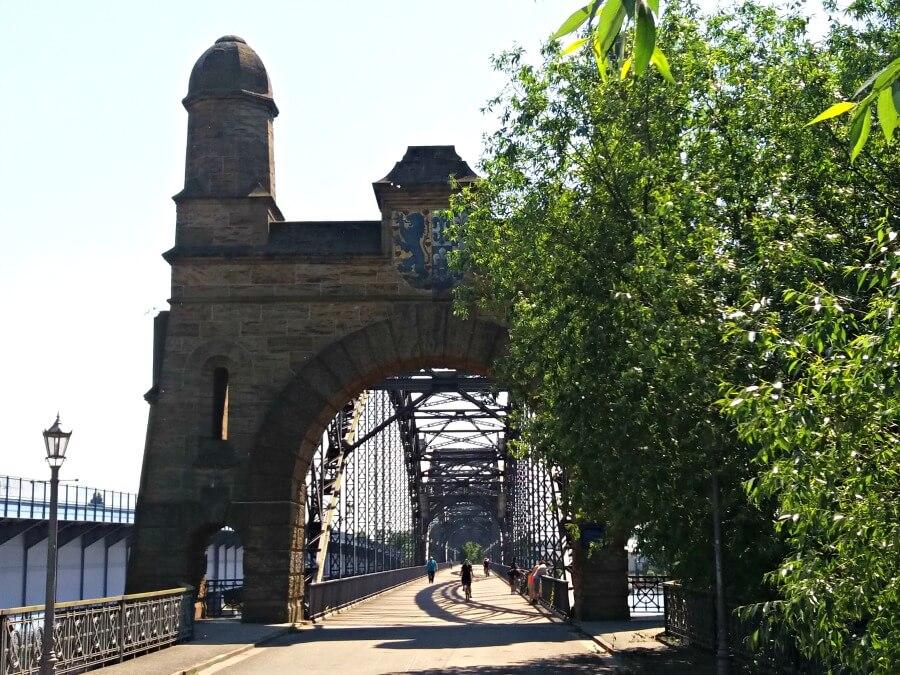 Historische bruggen in Hamburg_ Alte Harburger Elbbrücke