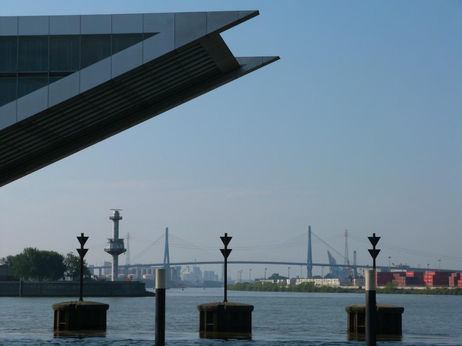 P1070740_Standort Hamburg_9x moderne architectuur in Hamburg