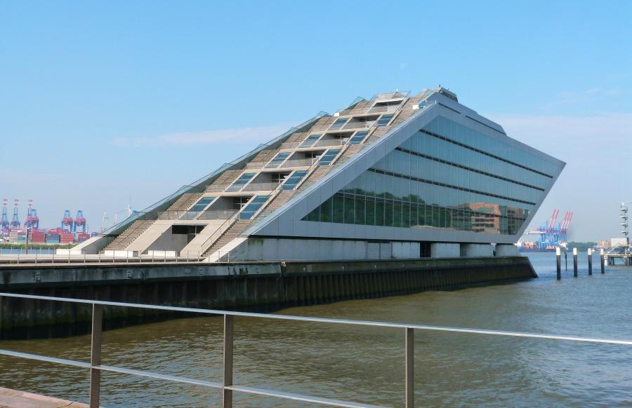 P1070747_Standort Hamburg_9x moderne Architectuur in hamburg