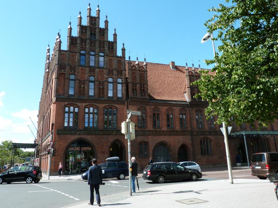 p1070945_standort-hamburg_architectuur-in-hannover