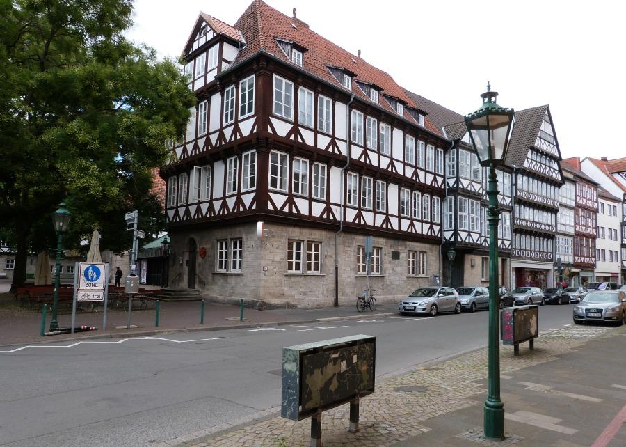 p1070958_standort-hamburg_architectuur-in-hannover