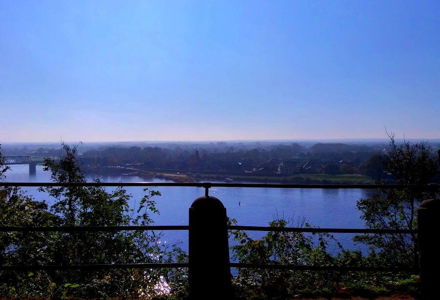 Blik op de Elbe vanuit Lauenburg | Standort Hamburg