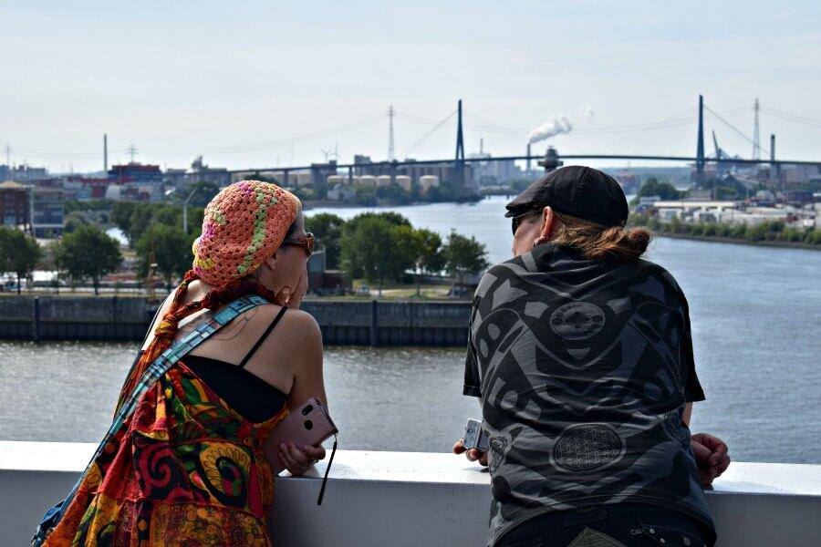 Dockland:uitkijkpunt over hamburg