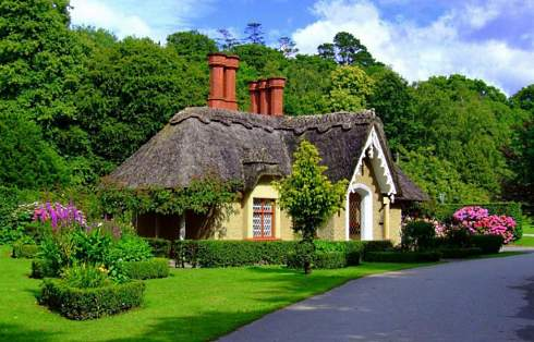 english storybook cottage3 - THE MOST BEAUTIFUL ENGLISH COTTAGES PICTURES STUNNING ENGLISH COUNTRY COTTAGES AND HOMES IMAGES