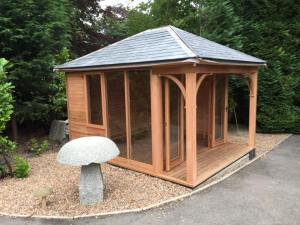 Summerhouse Leeds, Outdoor Office Leeds