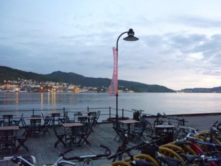 Bergen, le fjord autour de minuit