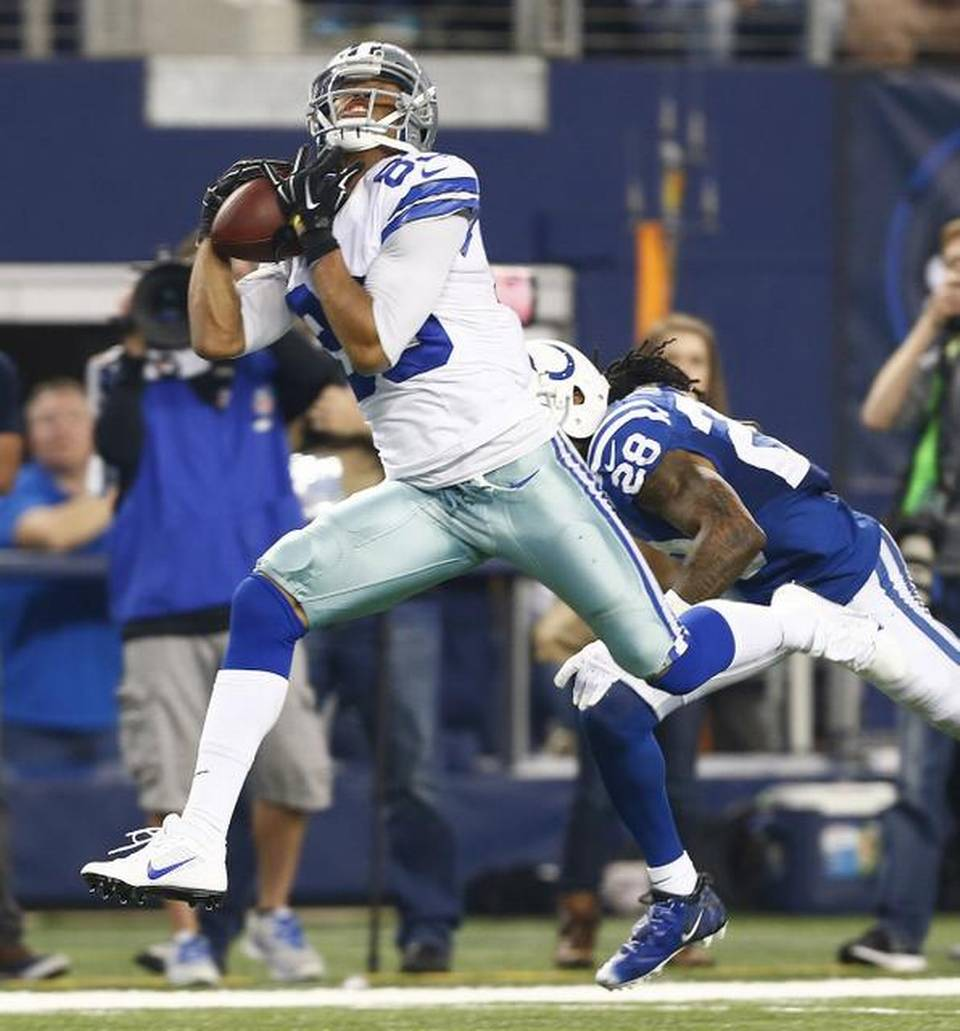 Romo Sets Passing Record As Cowboys Return To Playoffs