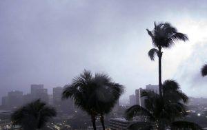 CRAIG T. KOJIMA / CKOJIMA@STARADVERTISER.COM Lightning lit up the downtown Honolulu area around 5 a.m. today.
