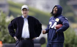 ASSOCIATED PRESS                                 Seattle Seahawks owner Paul Allen, left, talks with running back Marshawn Lynch on the sidelines at an NFL football minicamp practice in Renton, Wash., in June 2018.