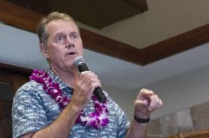 STAR-ADVERTISER / 2018                                 Ed Case responds to a question at a luncheon.