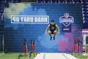 ASSOCIATED PRESS / MARCH 1                                 Notre Dame defensive back Alohi Gilman runs the 40-yard dash at the NFL football scouting combine in Indianapolis.