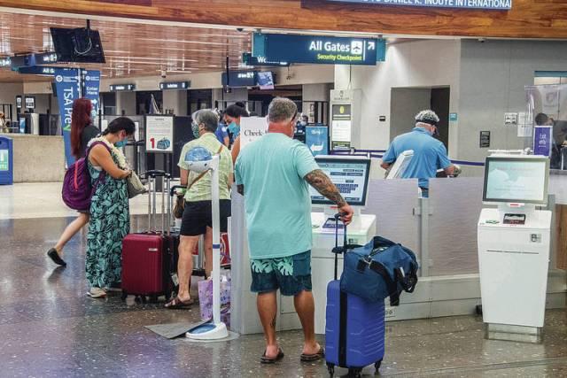 Hawaii Lt. Gov. Josh Green seeks looser rules for vaccinated travelers