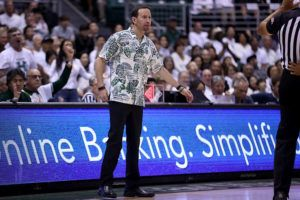 ANDREW LEE / SPECIAL TO THE STAR-ADVERTISER / FEB. 29                                 Hawaii's head coach Eran Ganot at a NCAA Men's Basketball game against UC Riverside last year.
