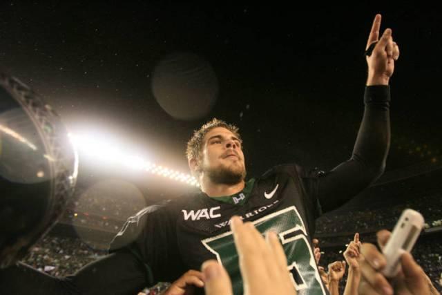 Former Hawaii quarterback Colt Brennan dies at 37
