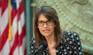 STAR-ADVERTISER                                 Anne Perreira-Eustaquio, director of the state Department of Labor and Industrial Relations, spoke at a May 20 press conference.
