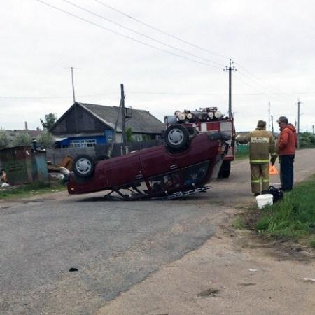 В Старой Майне в результате ДТП перевернулась машина