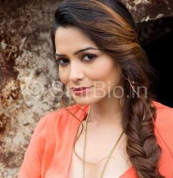 Samiksha Bhatnagar Height, Age, Biography, Wiki, Husband, Family
